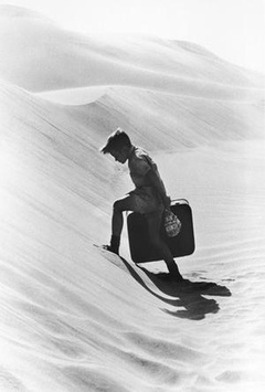 沙漠迷童剧照