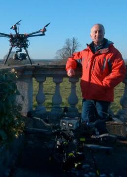 用无人机探索不为人知的英国剧照